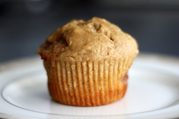 """Spread The Love: Peanut Butter & Jelly """"Bridal"""" Muffins"""