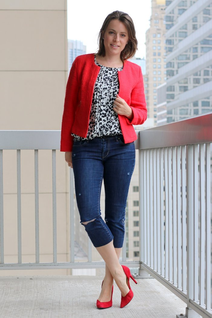 FashionablyEmployed.com | Ever thought about snagging some great denim from your local thrift shop? Now is the perfect time to give it a try. Here's why!