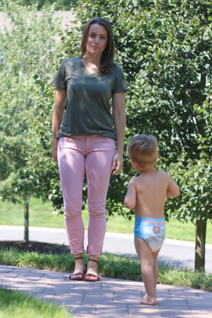 pink-jeans-and-olive-tshirt-with-little-boy-in-the-photo