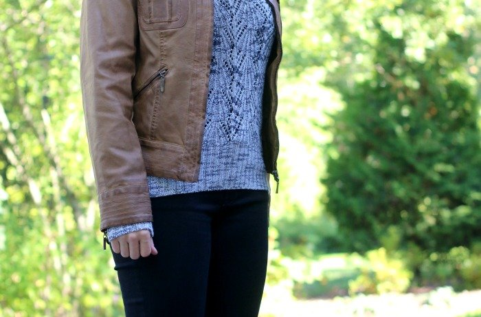 gray-sweater-and-faux-cognac-leather-jacket-with-black-jeans