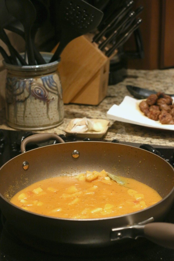 umpkin-creme-sauce-in-a-pan-on-the-stove