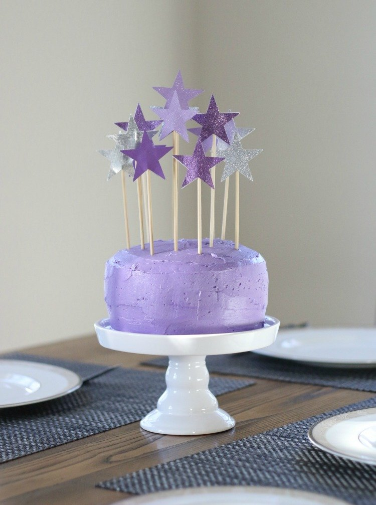 Simple Recyclable Diy Birthday Cake Decorations