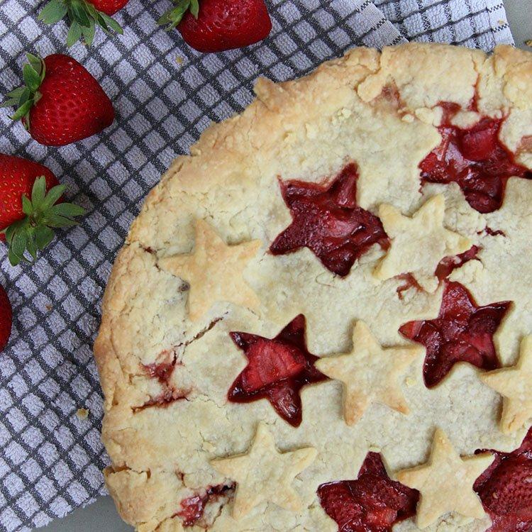 Easy Strawberry Rhubarb Pie