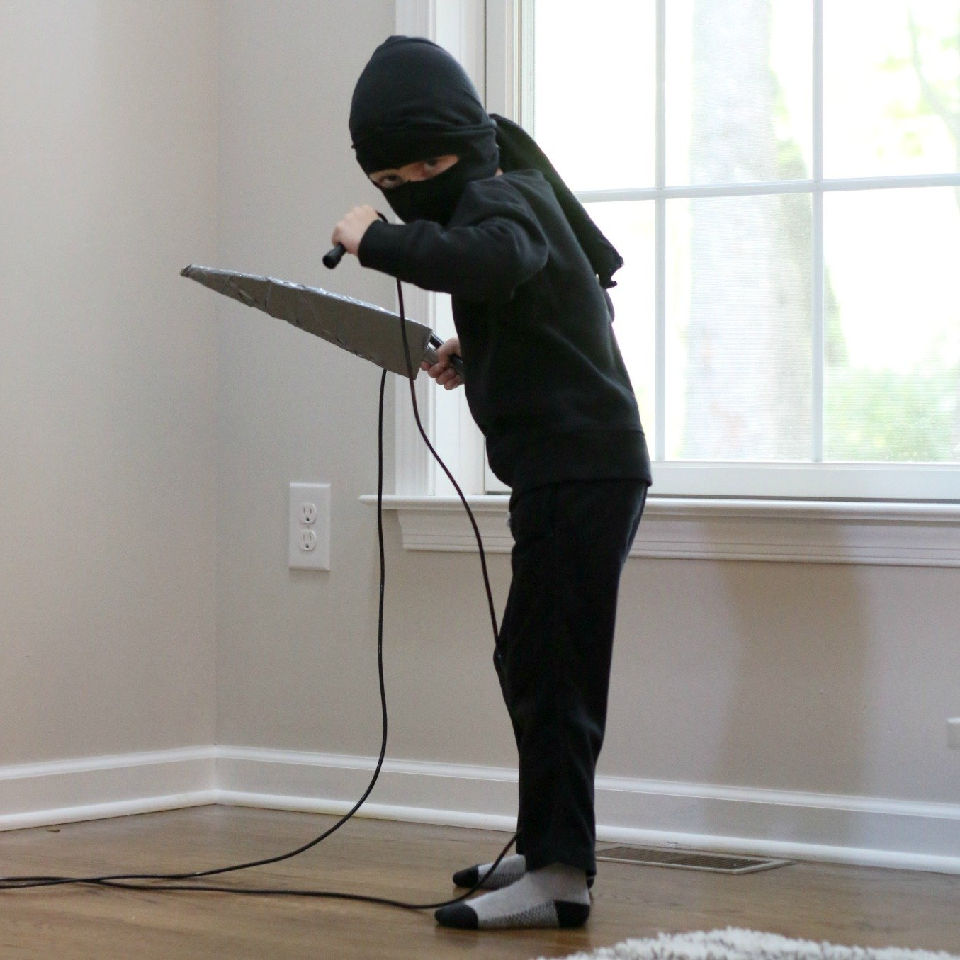 Picture of: Easy Kids Ninja Costume Made At Home For Halloween