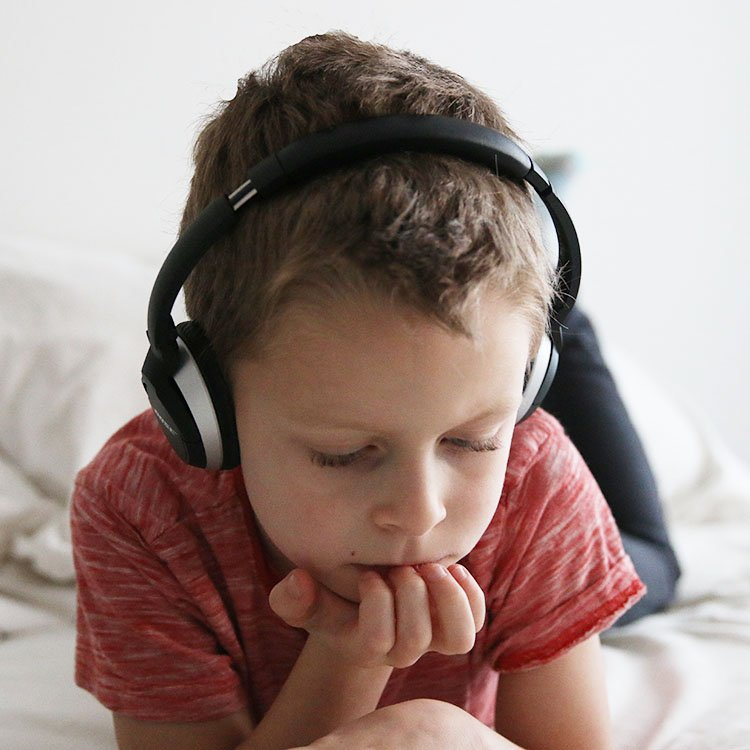 9 Early Chapter Books Series To Introduce Children To Audio Books