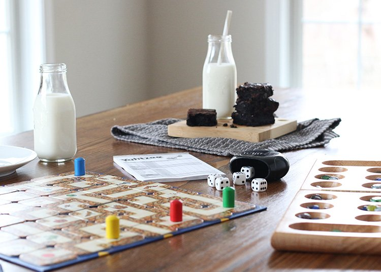 8 Tips for Fun Family Game Nights