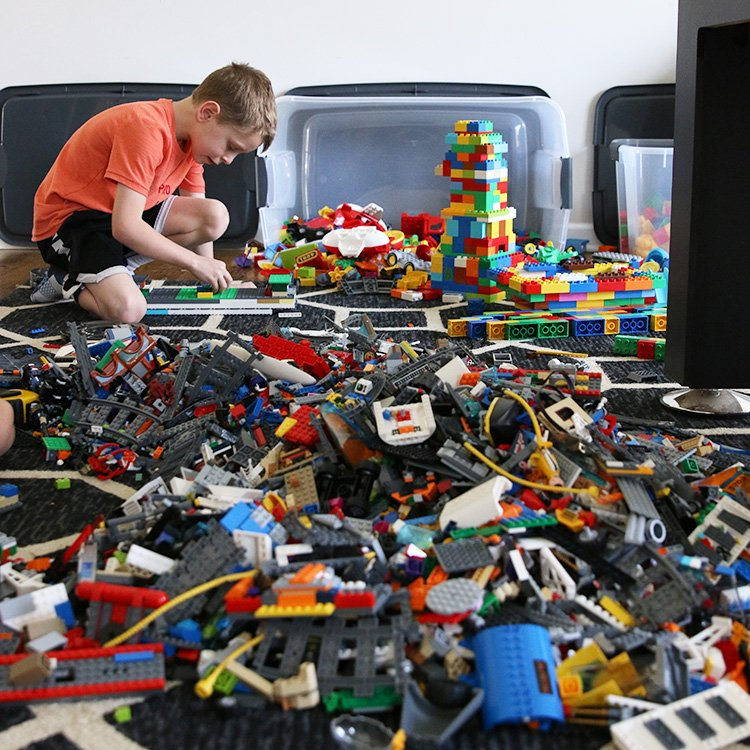 Recreate a LEGO Masters Challenge