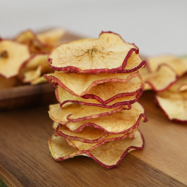 Easy Homemade Dried Apple Chip Recipe