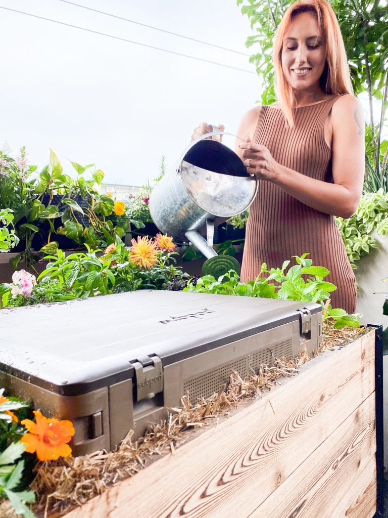 Modbed Grow System | The Best Outdoor Urban and Balcony Compost System